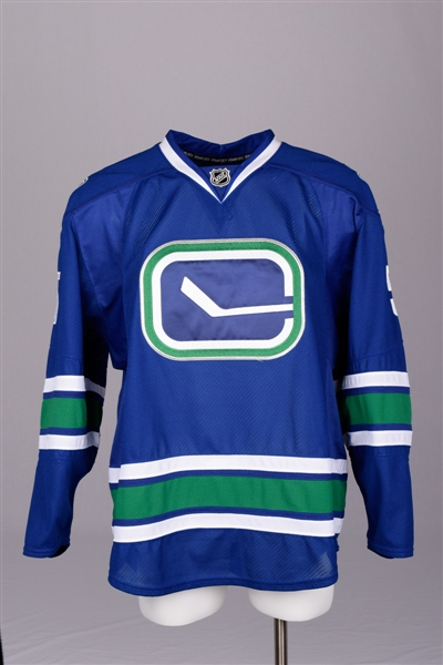 Ossi Vaananens 2008-09 Vancouver Canucks Game-Worn Alternate Jersey with Team LOA