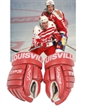 "Brett Hulls 1994 ""Ninety-Nine Tour"" Louisville Game-Used Gloves with His Signed LOA"