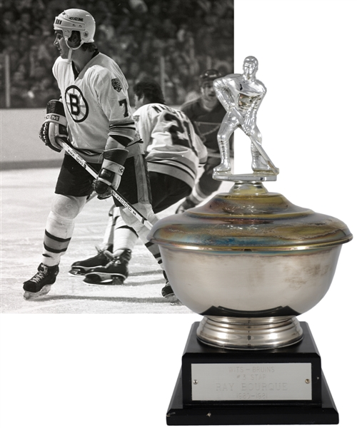 "Ray Bourques 1980-81 ""WITS Bruins Radio Network Three Star Award"" Third Star Trophy with His Signed LOA (13"")"